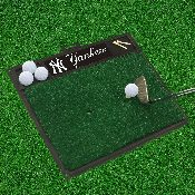 MLB - New York Yankees Golf Hitting Mat 20 x 17
